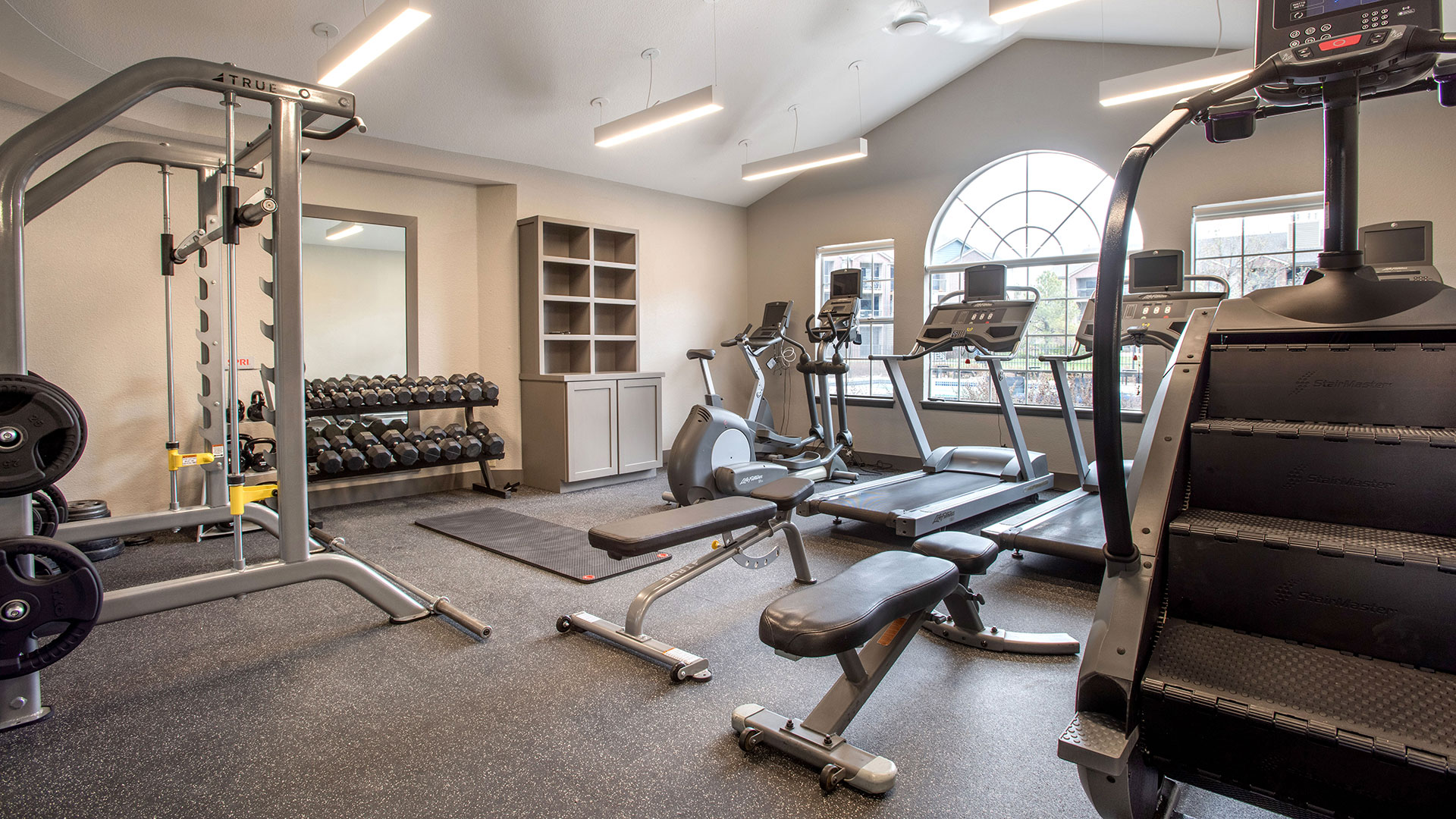 Fitness Center with State-of-the-Art Equipment