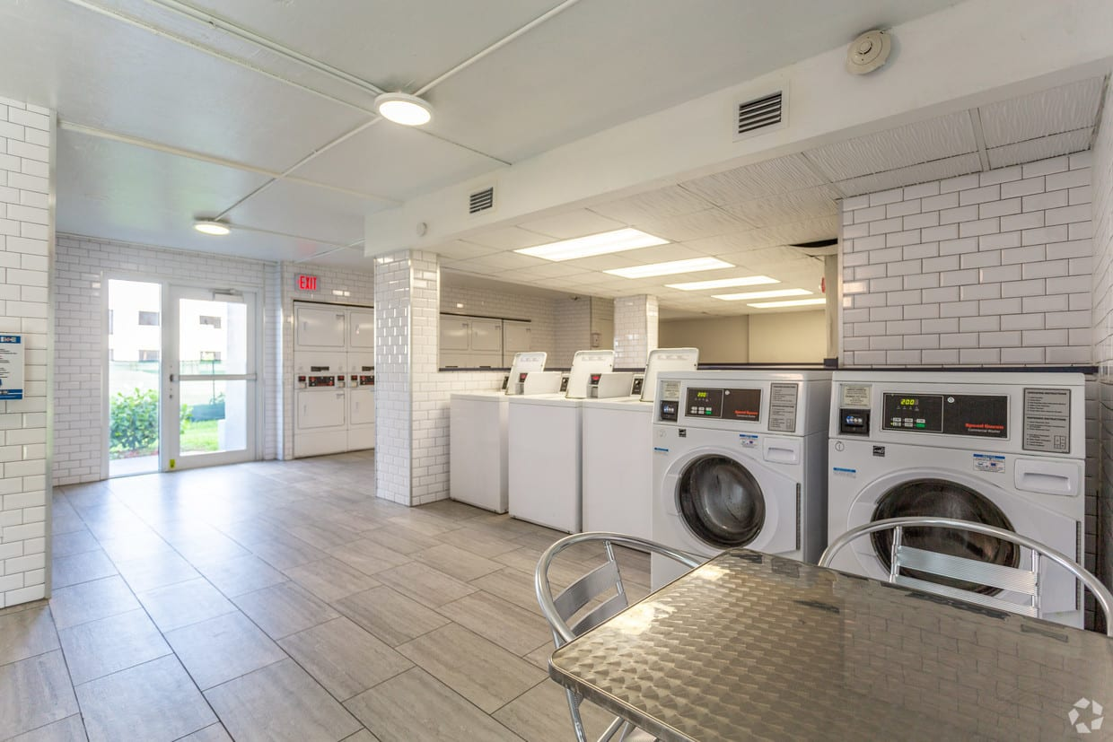 Large Laundry Center
