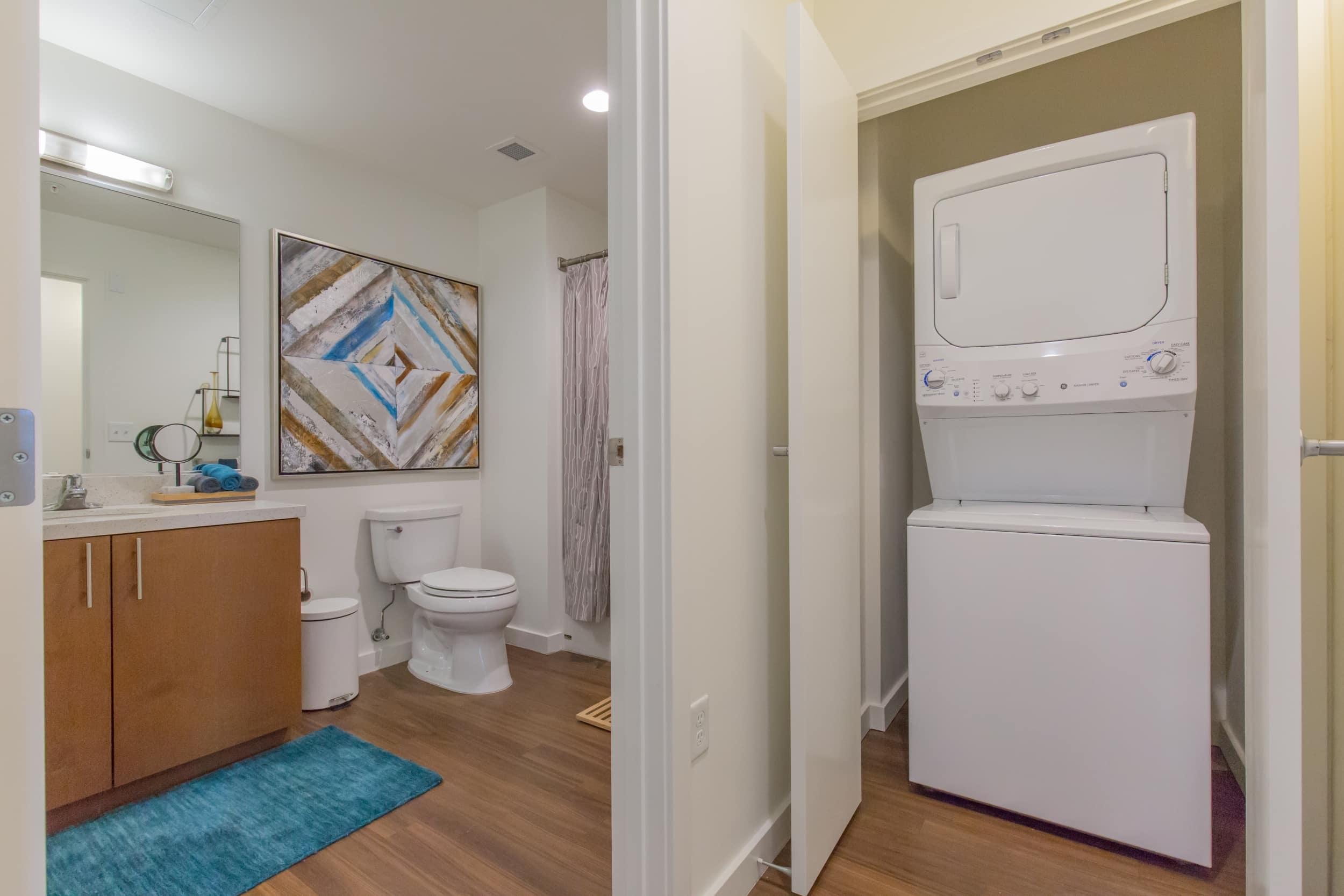 Full-Size ENERGY STAR Washers & Dryers