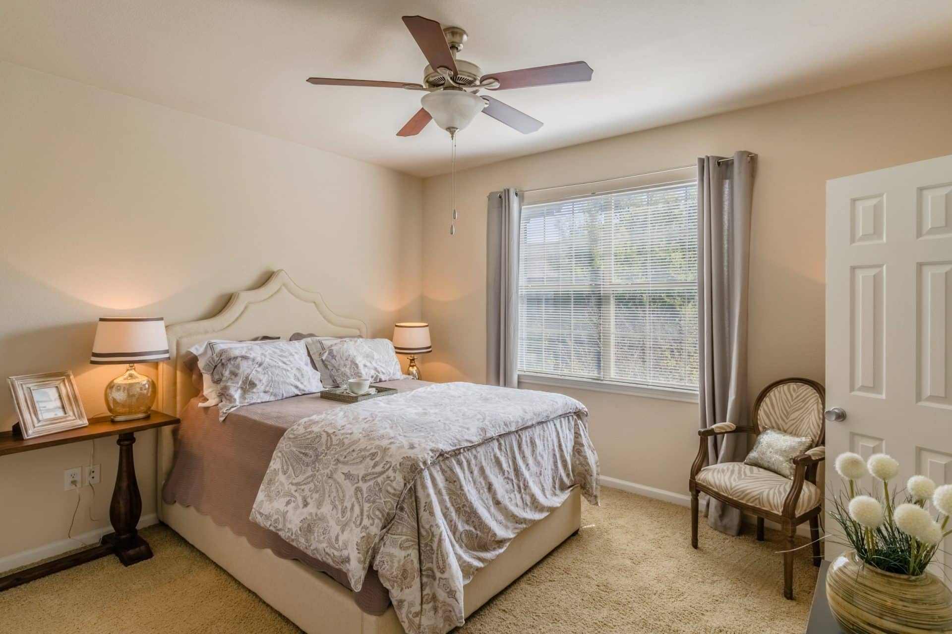Ceiling Fans w/Lights in All Rooms